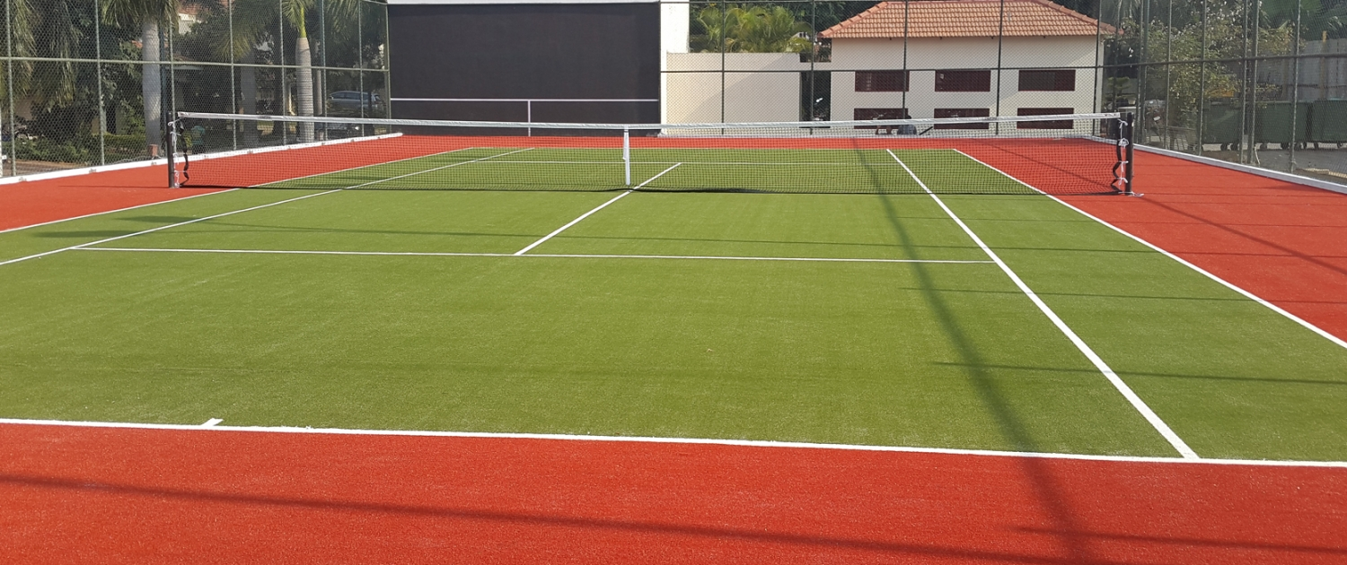 Tennis artificial grass